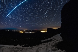 A shooting star captured by Cain Scrimgeour
